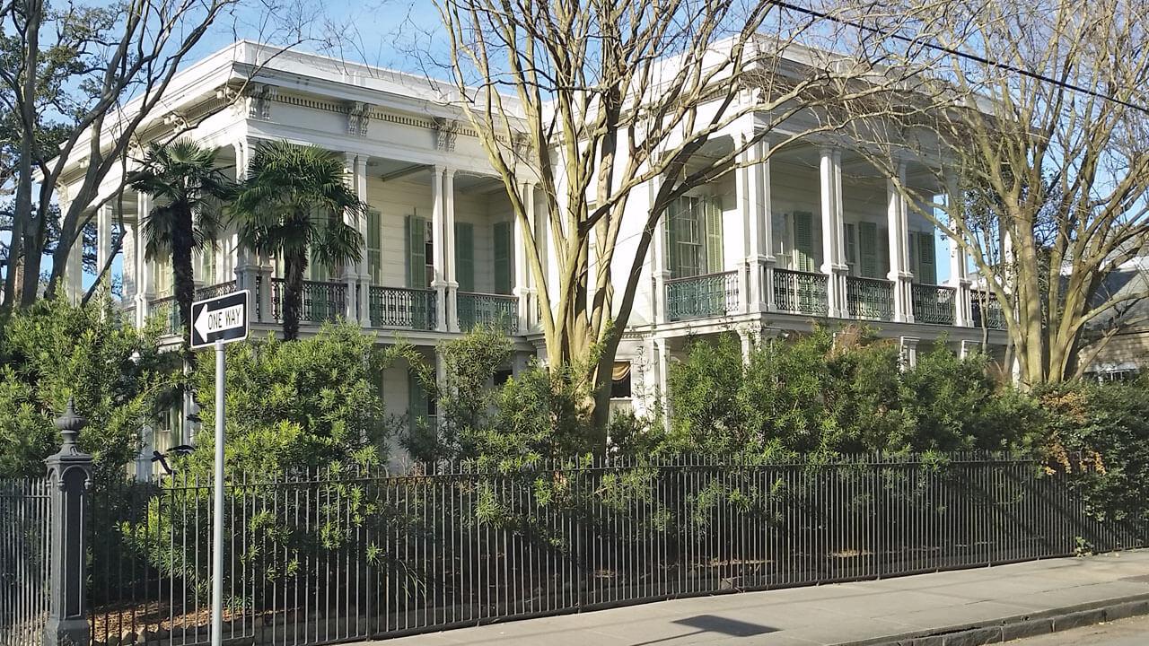 Beautiful Garden District Home In New Orleans Adventurous Retirement